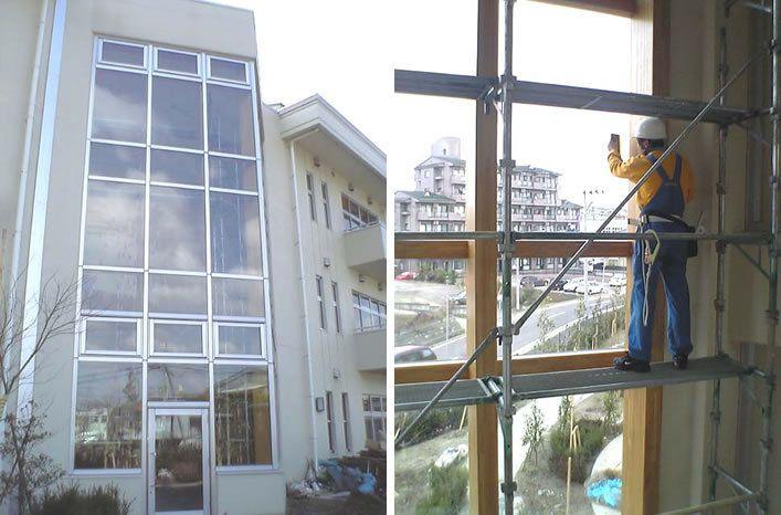仙台市内小学校吹き抜け窓