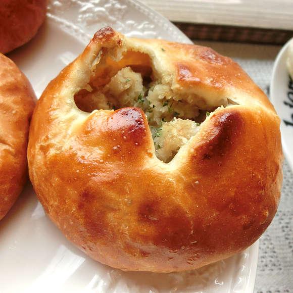 ピジョンポスト-グリーンカレーパン