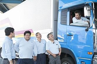 トラックドライバー募集2